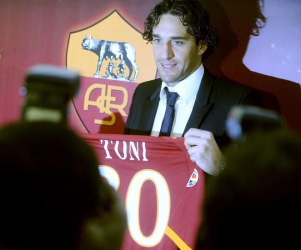 Toni AS Roma
