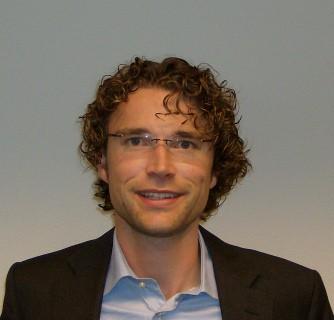 Mark van Bommel lookalike