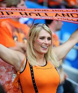 Nederlandse vrouwelijke voetbalfan