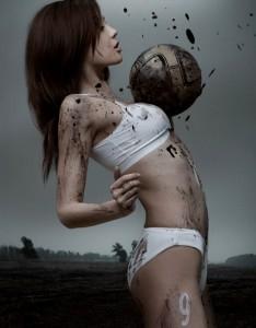 Moerasvoetbal voor vrouwen