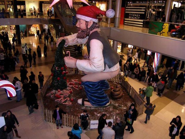 poepende kerstman
