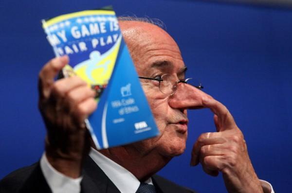 Blatter liegt