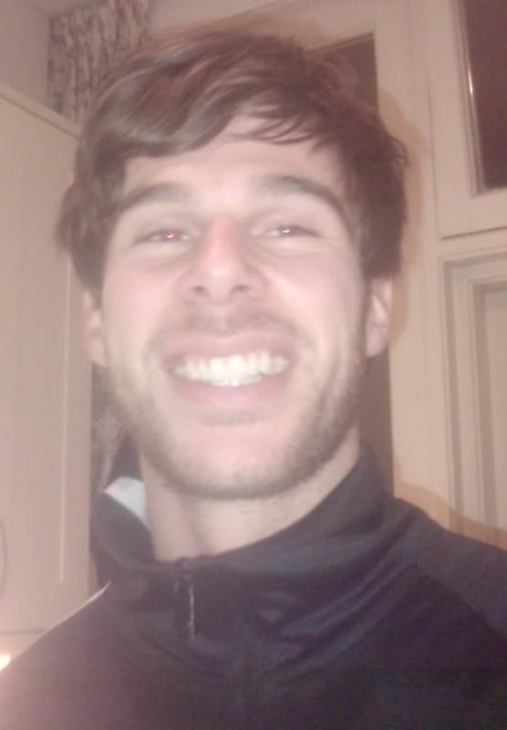 Ruud van Nistelrooy lookalike