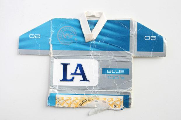 Sigarettenpakjesvoetbalshirt