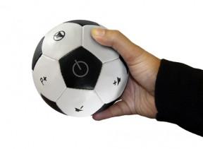 Afstandbediening als voetbal