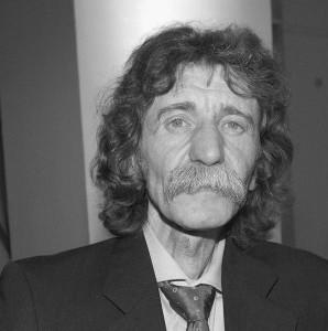 Walter Frosch, Johan Derksen lookalike